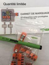 Lot mallette Wago 221 avec stylo, carnet d'étiquettes et sachet d'échantillon offerts
